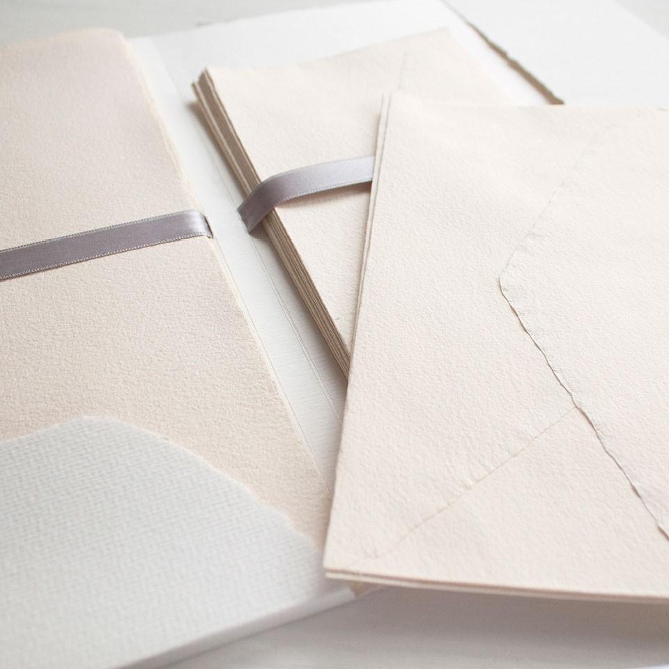 """Briefe Und Mehr Vreden : Handgeschöpftes briefpapier """"geliebte briefe"""" cremeweiß"""